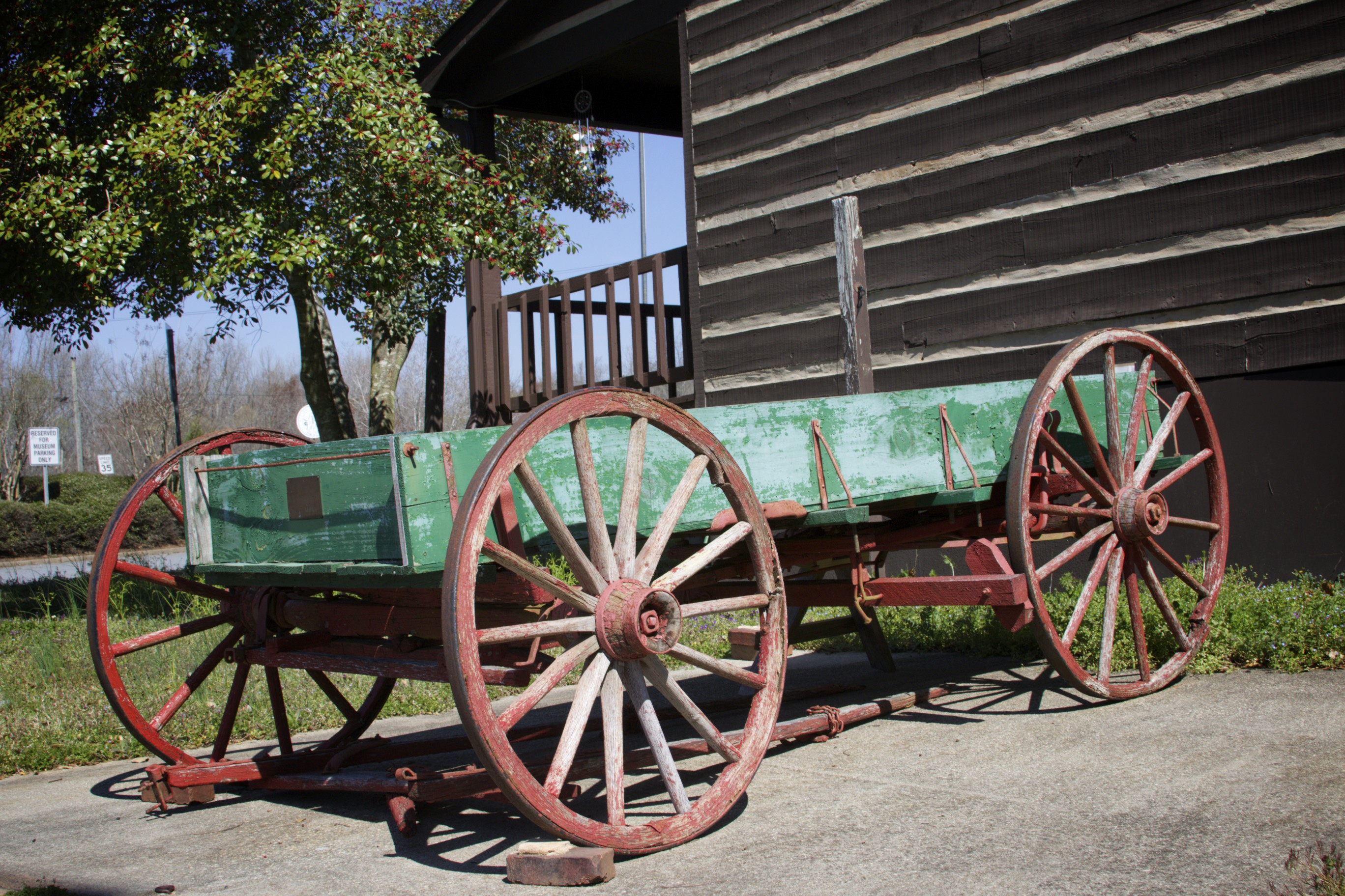 Old green wagon
