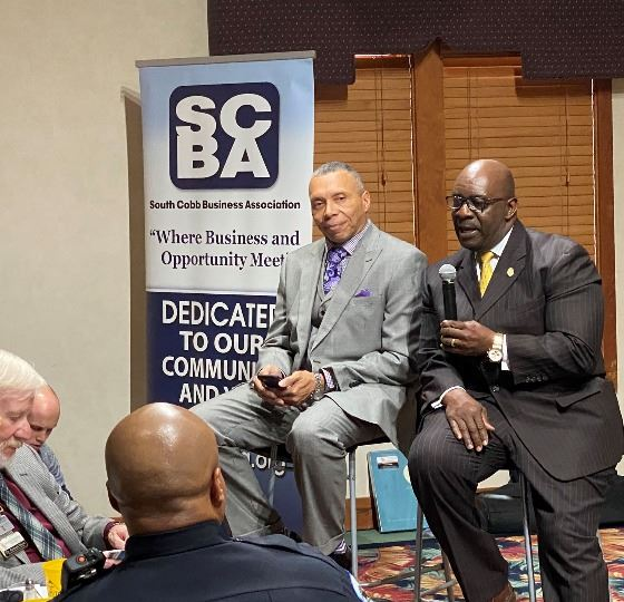 Mayor Thurman with Austell Mayor Clemens presenting before the South Cobb Business Association